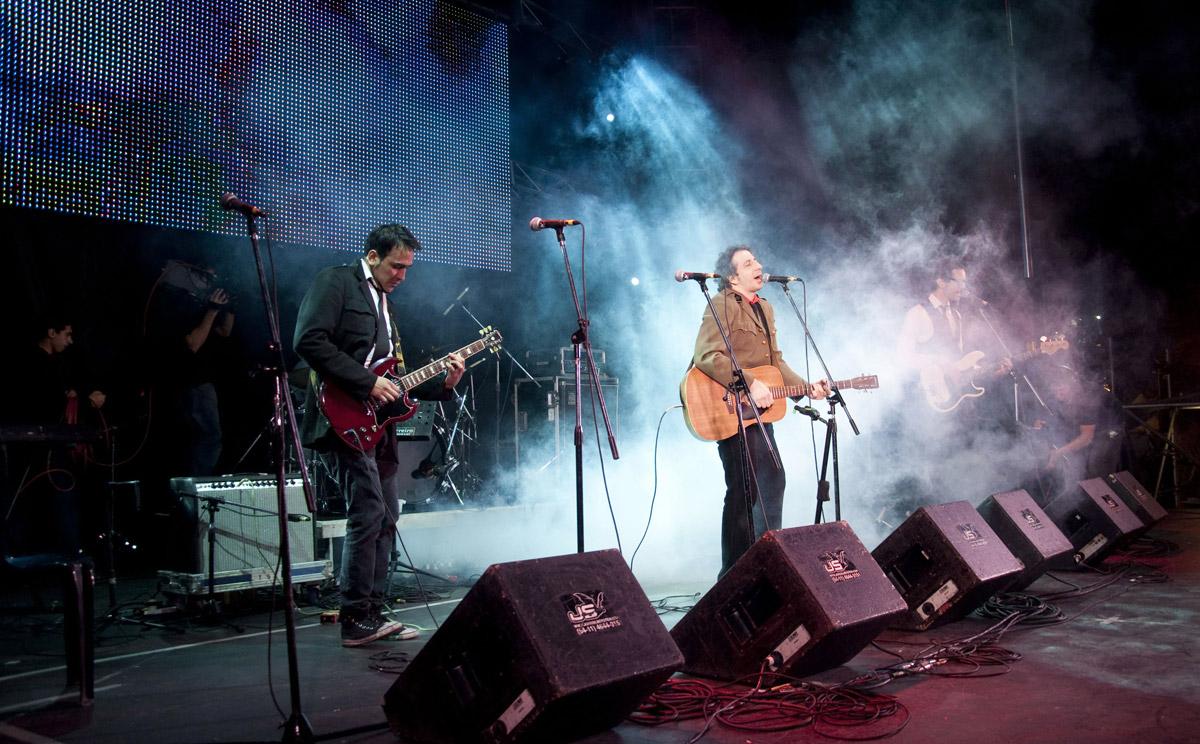 Concierto-en-la-avenida-9-de-Julio-por-los-Festejos-del-Bicentenario-Argentino-2010-foto-por-Sofia-Villanueva
