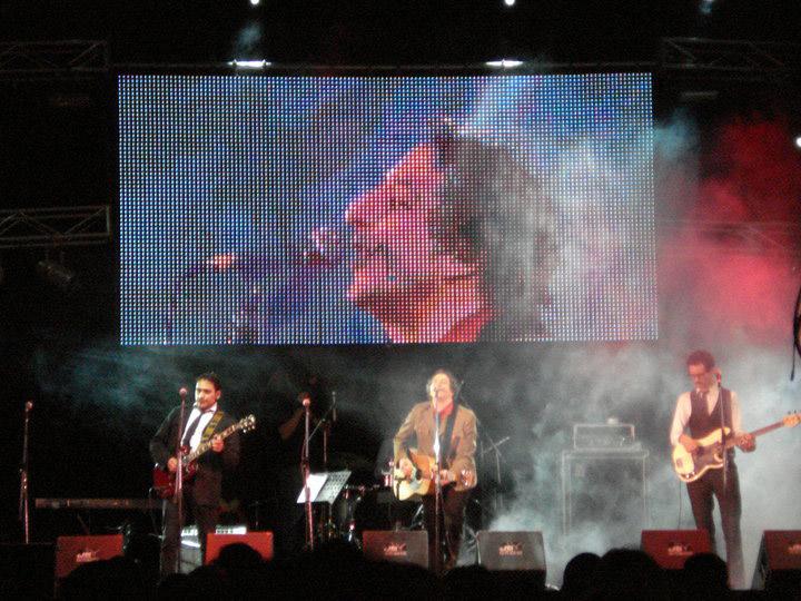 Concierto-en-la-avenida-9-de-Julio-por-los-Festejos-del-Bicentenario-Argentino-2010