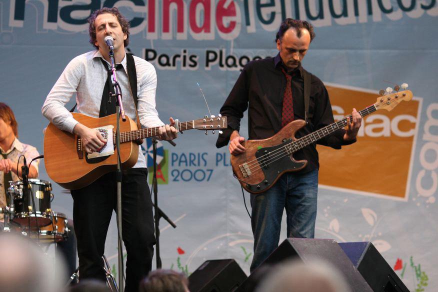 Paris-Plage-2007-presentación-del-compilado-Indétendances-de-la-FNAC-foto-por-Jipé-Truong-2